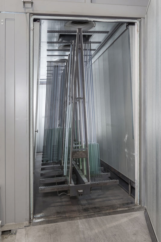 heat treated tempered glass in a chamber